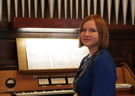 Orgelkonzert mit Studierenden des Moskauer Tschaikowski-Konservatoriums Sonntag, 14.12.2014, 17:00 Uhr, Grassistraße 8, Großer Saal