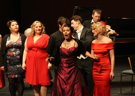Abschlusskonzert Operettenworkshop Sonntag, 02.02.2014, 11.00 und 16.00 Uhr,HMT, Grassistraße 8, Großer Saal