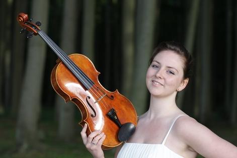 Sinfoniekonzert Di, 3. Nov. 2015, 20:00 Uhr, Gewandhaus, Großer SaalMi, 4. Nov. 2015, 19:30 Uhr, HMT, Großer Saal