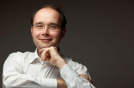 Klavierabend mit Prof. Christian A. Pohl (HMT Leipzig) Donnerstag, 05.12.2013, 19:30 Uhr, Grassistraße 8, Großer Saal