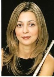 Chrissi Pilaftsi Soloflötistin im staatlichen Orchester Athen