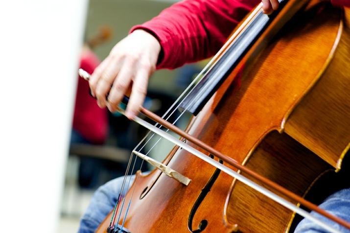 - hmt_cello_peter_hoerr_02_big