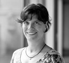 Sachbearbeiterin Claudia Fuchs
